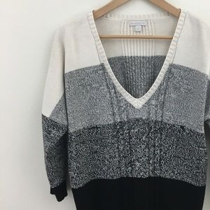 New York & Co   Color Block Cable Knit Sweater